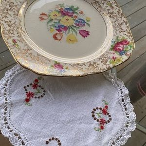 Large Cake Plate with Matching Doily